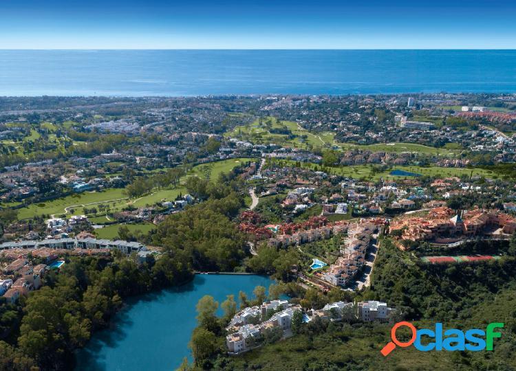 Espectacular apartamento en una zona muy selecta con vistas panorámicas a un precioso lago natural 2