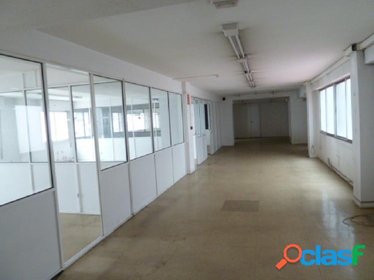 Local de oficinas con una superficie de 640 m2 en el centro de Oviedo 1