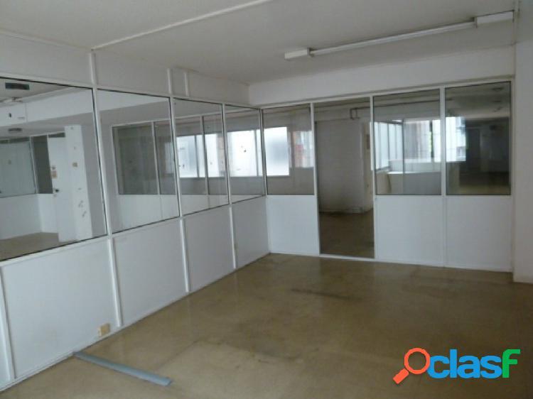 Local de oficinas con una superficie de 640 m2 en el centro de Oviedo 3
