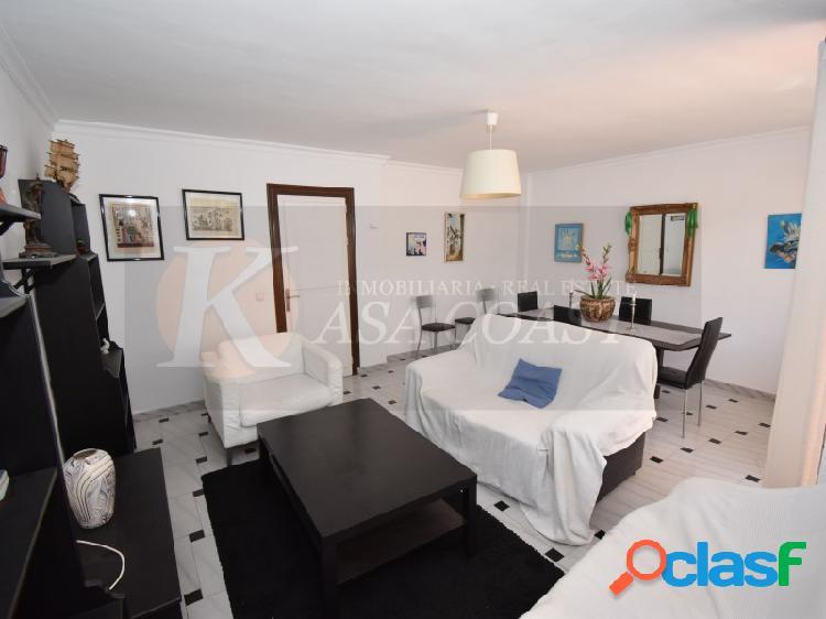 Piso de 3 dormitorios en alquiler de larga temporada en Los Boliches, Fuengirola. 3