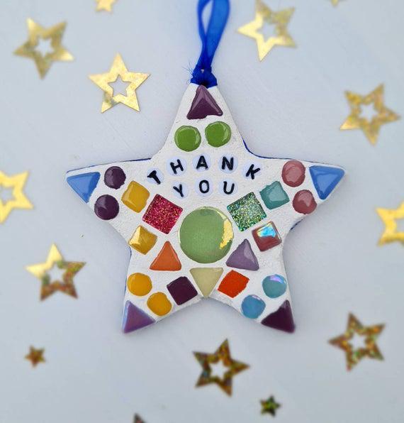 Haz un kit de artesanía de mosaico - estrella colgante -