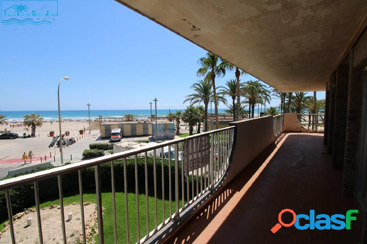 Piso en Primera Línea de Playa con espectacular terraza 1