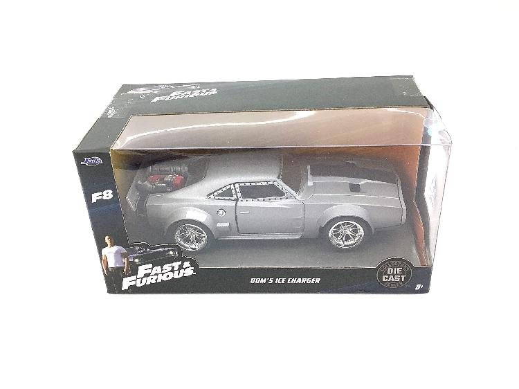 Coche metal jada toys doms ice charger