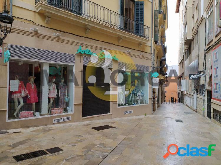 Local comercial de 60 m2 en frente PLAZA MAYOR 2