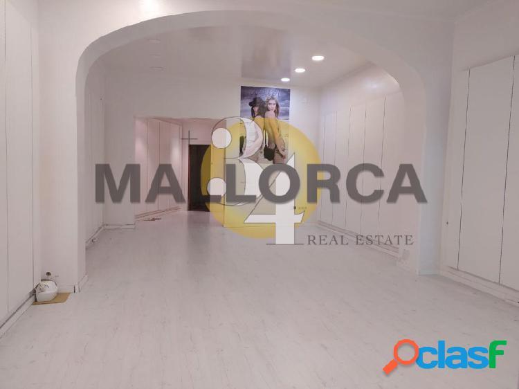 Local comercial de 60 m2 en frente PLAZA MAYOR 3