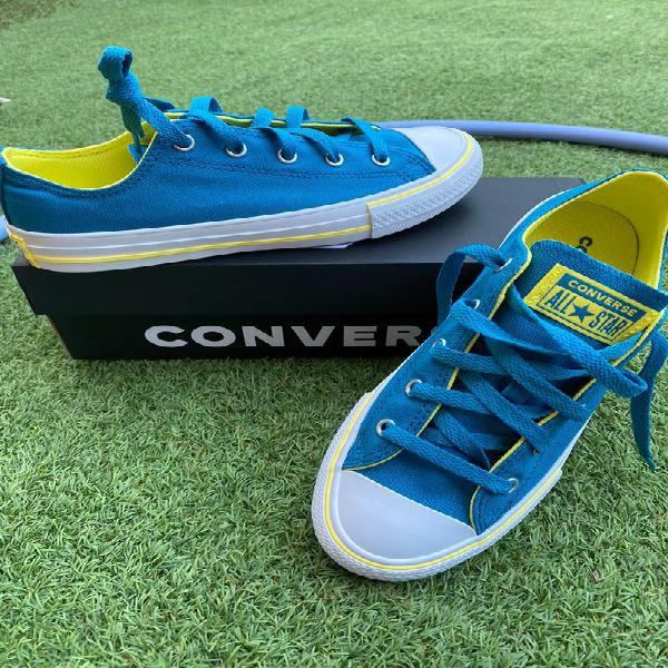 Converse azul y amarillas