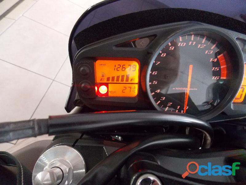 Suzuki GSR 600 muy entera y nueva 3