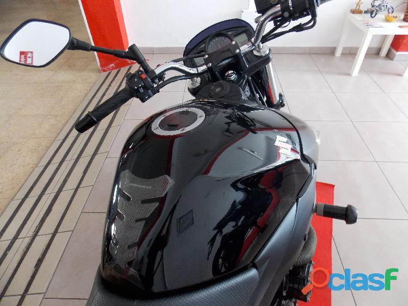 Suzuki GSR 600 muy entera y nueva 1