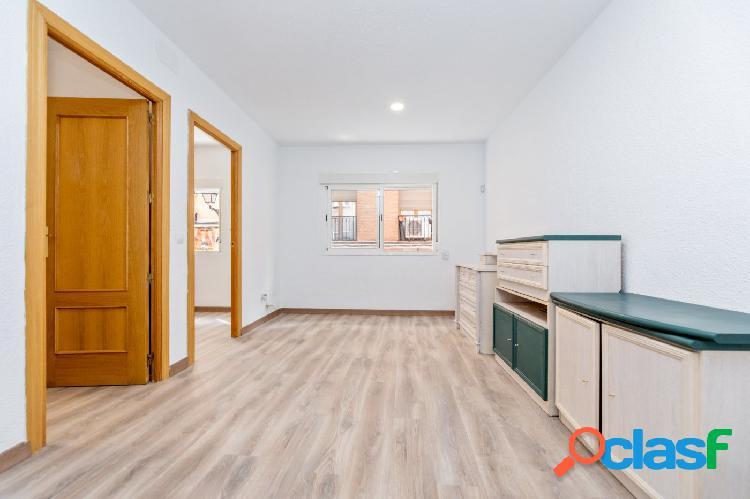 Céntrico piso en el barrio de lavapiés, madrid