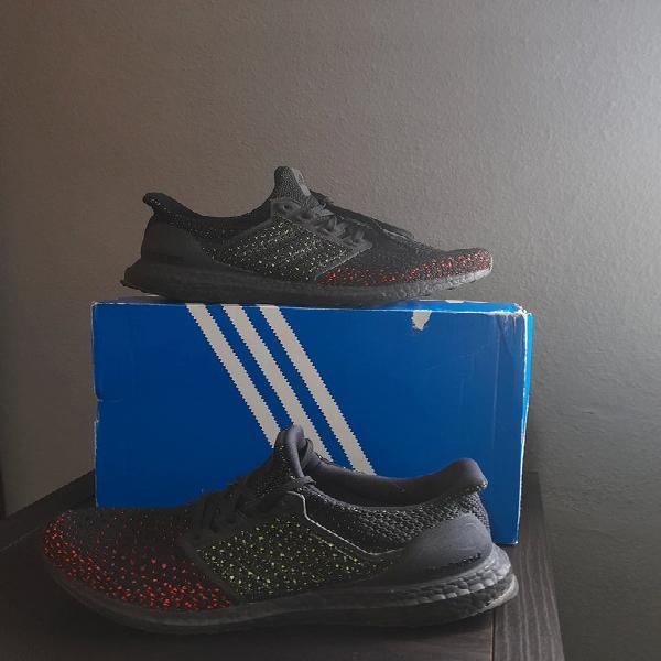 Adidas ultra boost clima black solar red