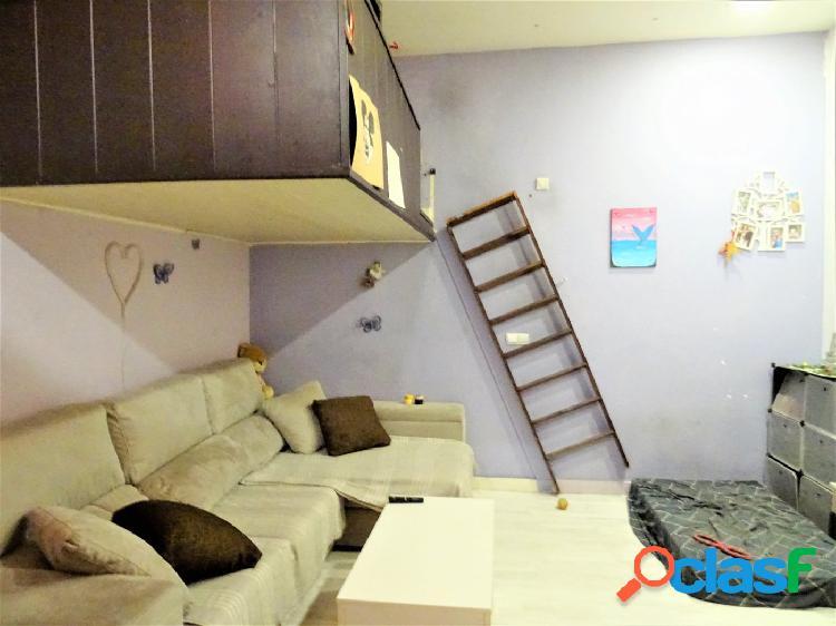 ESTUDIO HOME MADRID OFRECE piso de 61 m2 en zona Malasaña 1