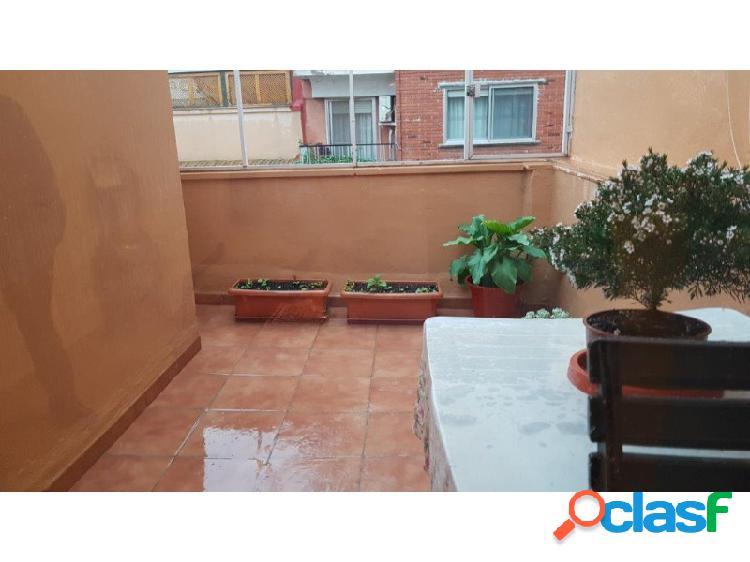 Ático con terraza en santa rosa muy bien ubicado y reformado