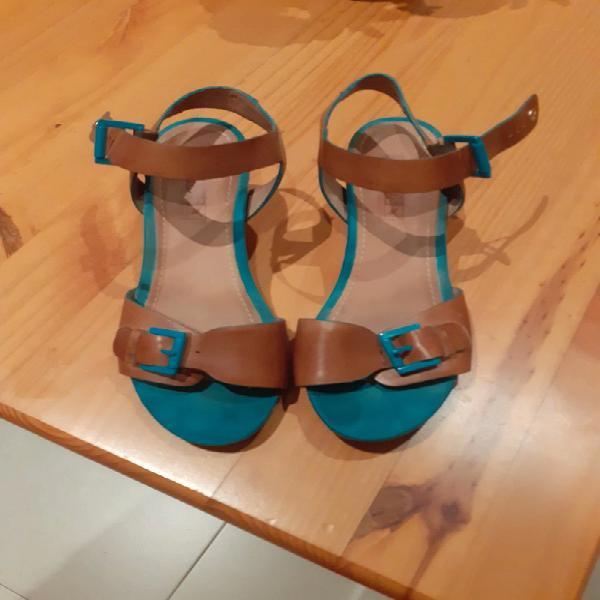 Sandalias cuña piel pikolinos