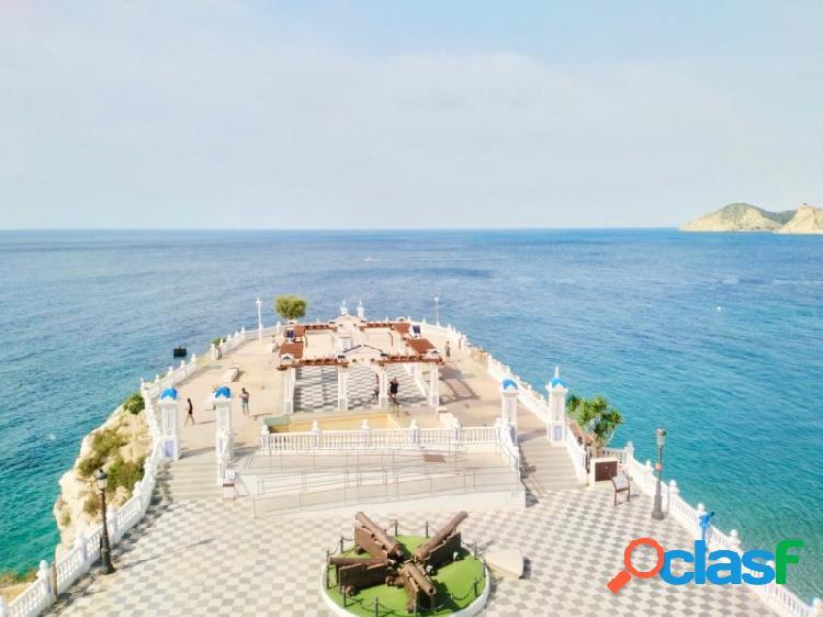 Casco antiguo - espectaculares vistas al mar