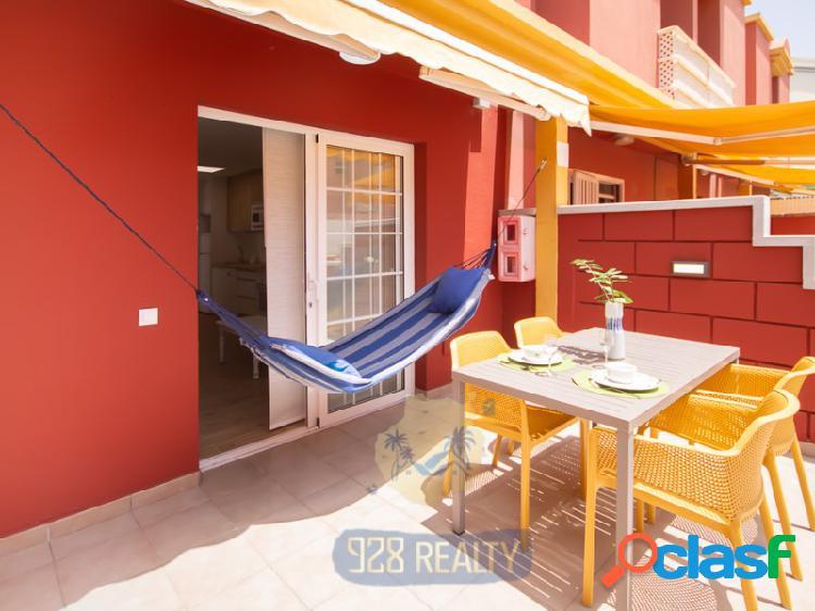 Un precioso bungalow en alquiler a larga temporada en un complejo tranquilo, cercano a la playa de Las Burras en San Agustin.