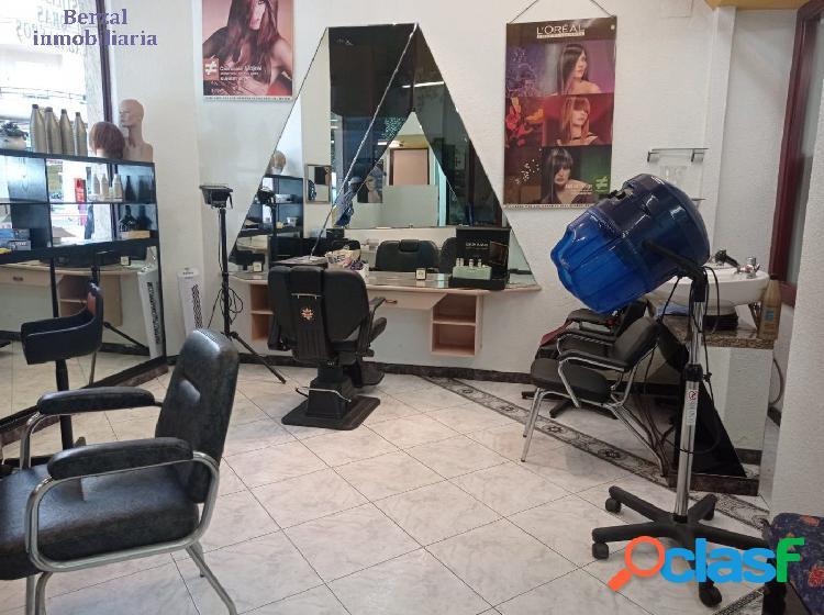 Local comercial habilitado como peluquería en pérez galdós