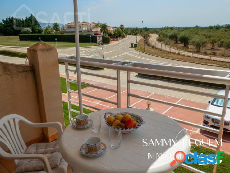 Confortable y renovado apartamento de 77 m2 con 2 gran terrazas, en residencia con piscina + con plaza de parking 13 m2, en el golf panoramica de san jorge.