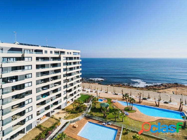 Primera línea del mar, apartamento de 3 dormitorios en venta, torrevieja 9 planta