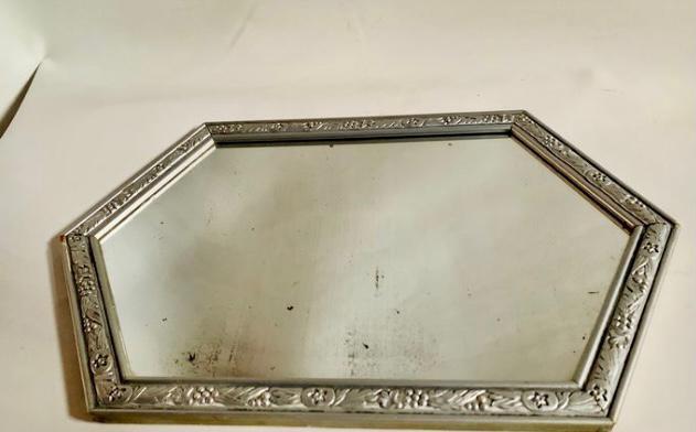 Art deco - espejo hexagonal - marco plateado on relieve con