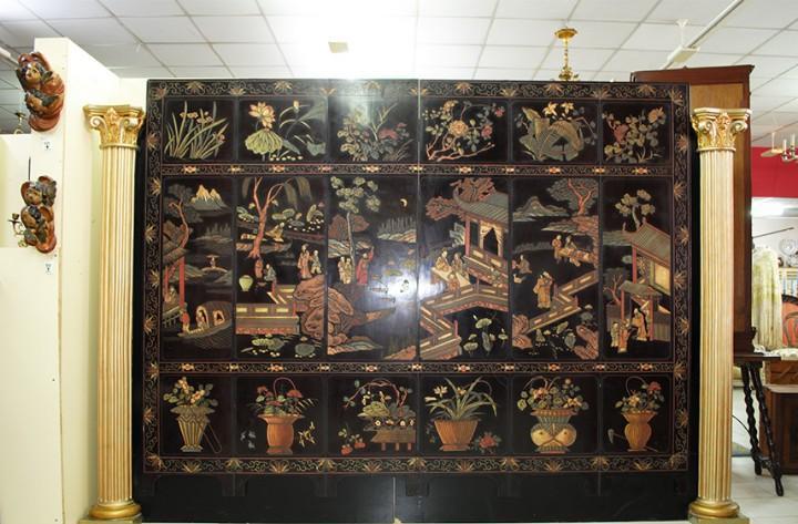 Cabecero antiguo negro lacado motivos chinos
