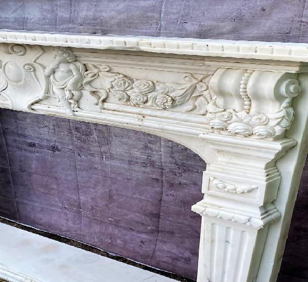 Frontal de chimenea en marmol de carrara