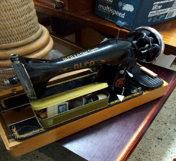 Lote 2 máquinas de coser alfa y wertheim