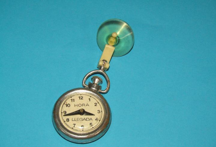 Antiguo reloj de parabrisas aparcamiento vehículos hora de