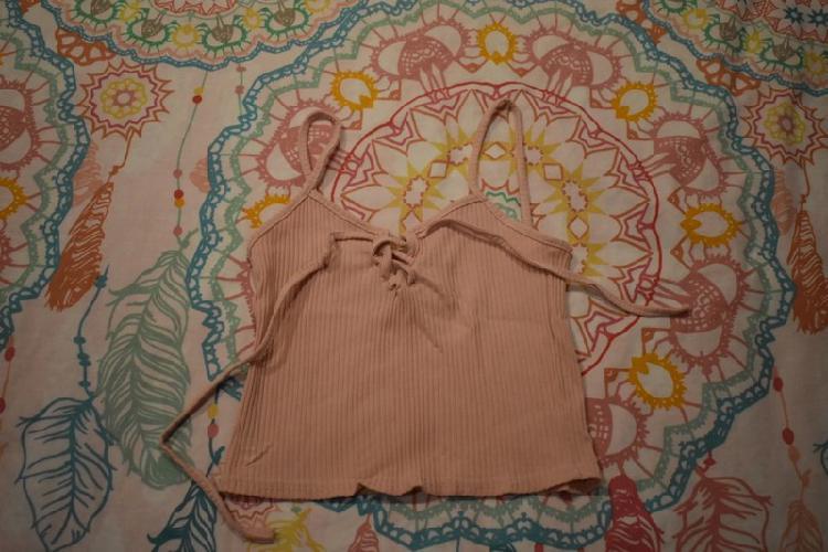Camiseta crop top rosa talla s