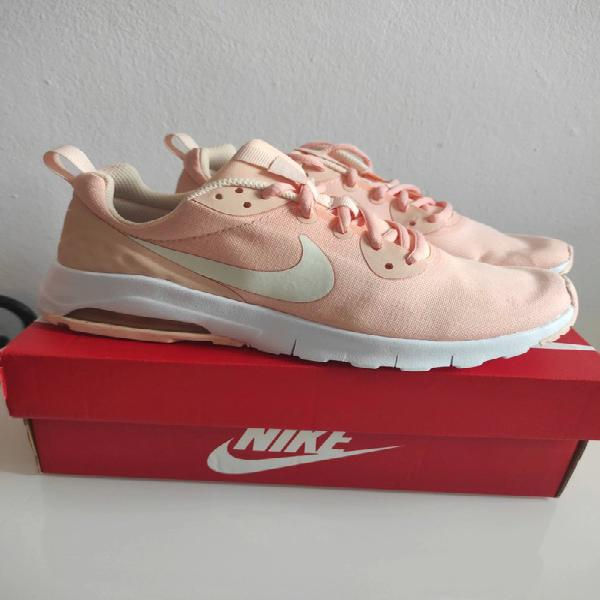Nike airmax motion lw