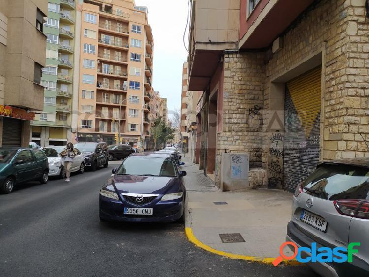 Local comercial 363 M2 frente MERCADONA - Metge Josep Darder