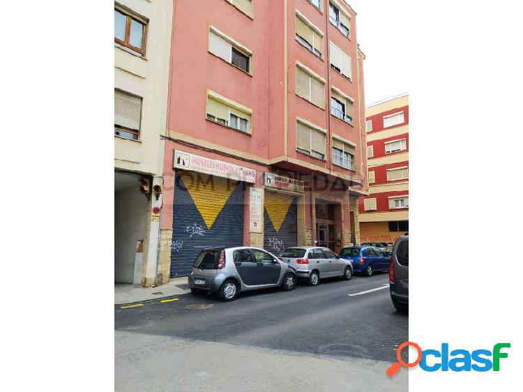 Local comercial 363 M2 frente MERCADONA - Metge Josep Darder 1
