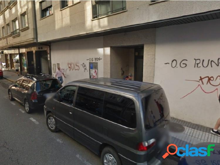 Local comercial a estrenar en avenida doutor touron / centro ciudad / zona muy transitada - vilagarcia de arousa