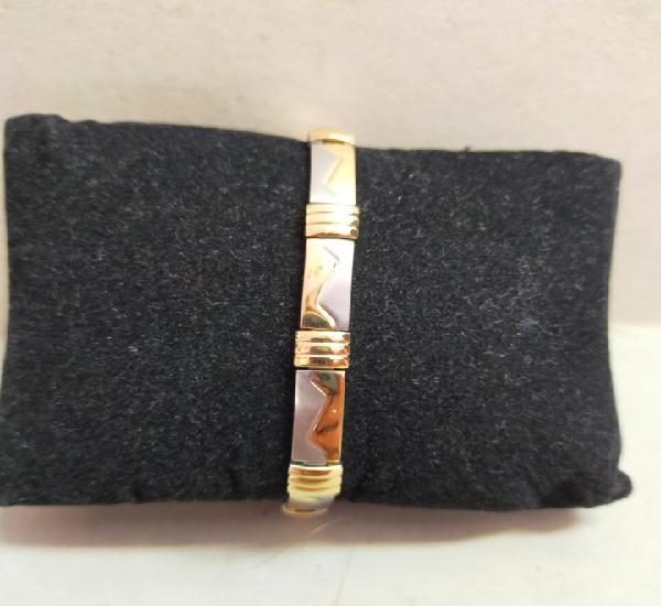 Pulsera de metal plateado y dorado, 19 cm.
