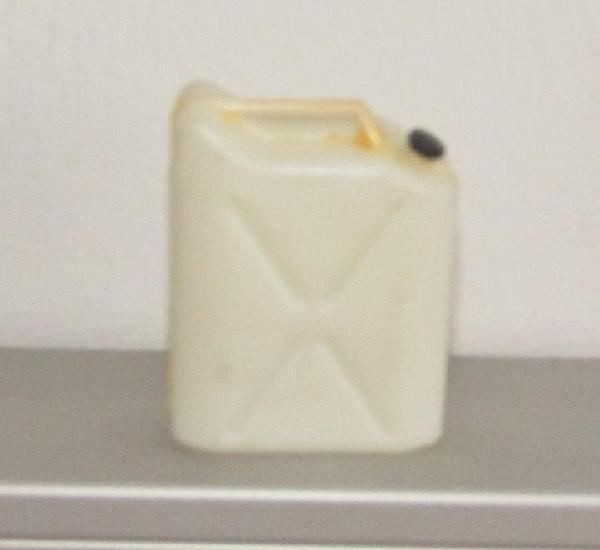Madelman - bidon blanco - conserva tapón - original años