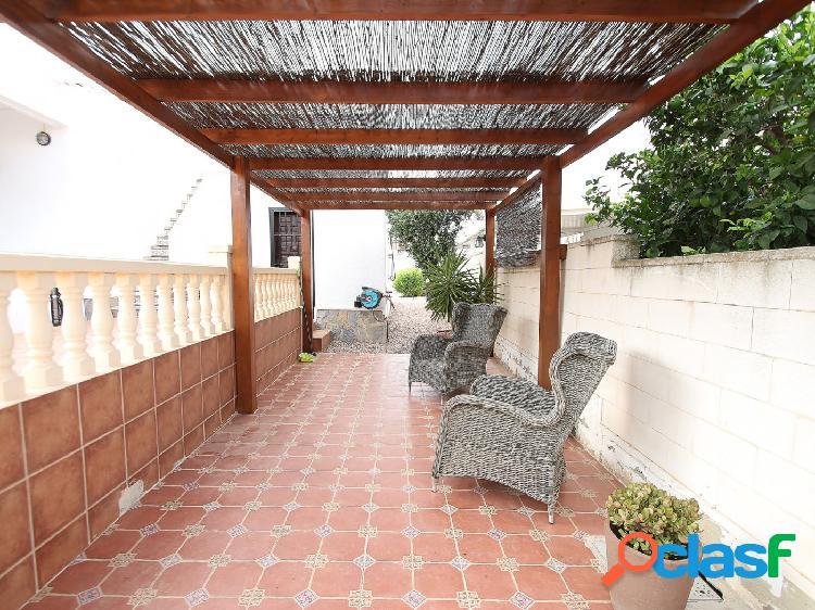 Chalet semi independiente en La Siesta - Torrevieja 2