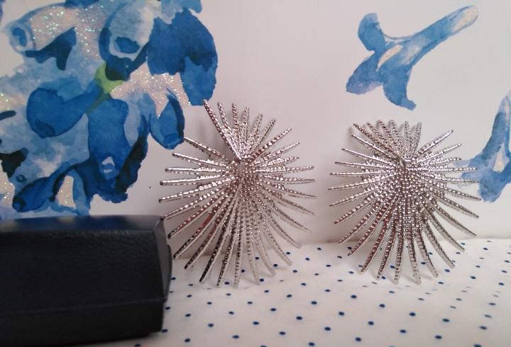 Modernos pendientes geométricos estilo ochentero