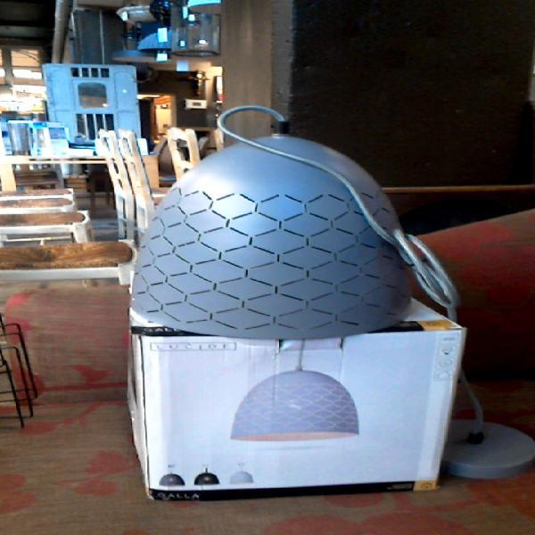 Compre la oportunidad de lámpara de techo metal gris