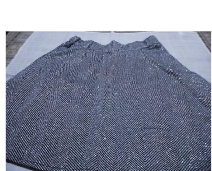 Vendo falda completamente nueva por 5 euros falda que sólo
