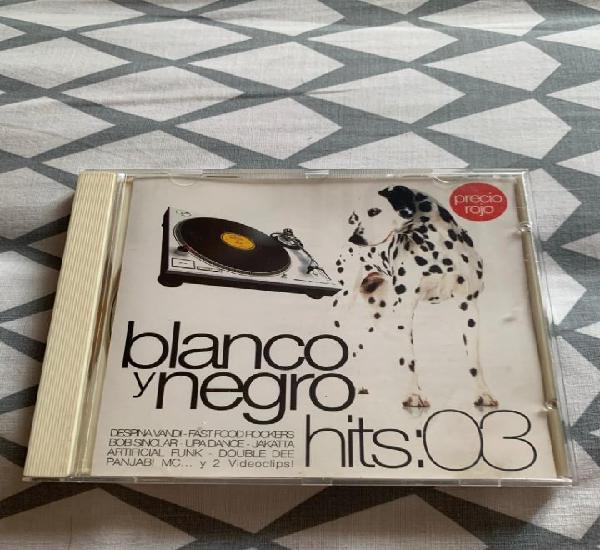 Blanco y negro hits 2003