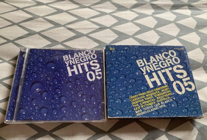 Blanco y negro hits 2005