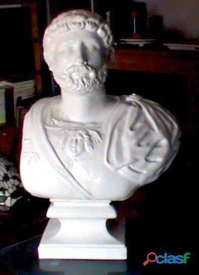 BUSTO PATRICIO ROMANO. 1