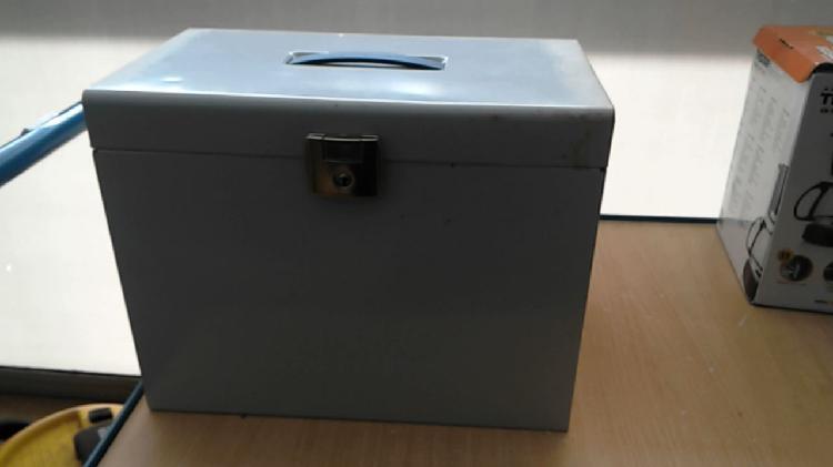 Compre la oportunidad de caja metal gris sin,, llave