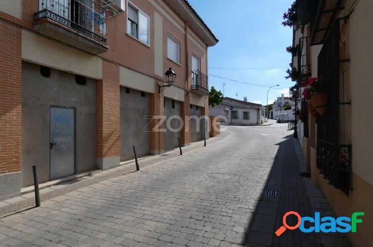 Local comercial en Villanueva de Perales 1