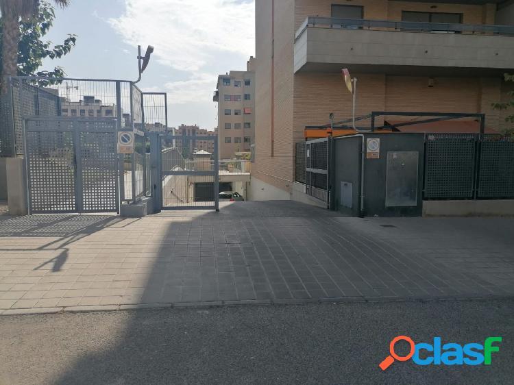 Plaza garaje urbanizacion mistral