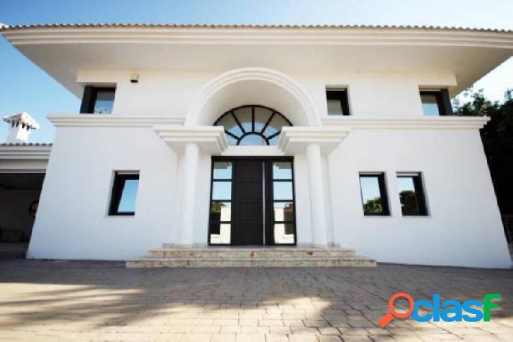 IMPRESIONANTE villa junto al campo de golf de VillaMartín tiene cine y sala de danza 2