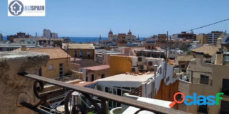 Edificio completo con vistas al mar y castillo santa barbara - casco antiguo de alicante