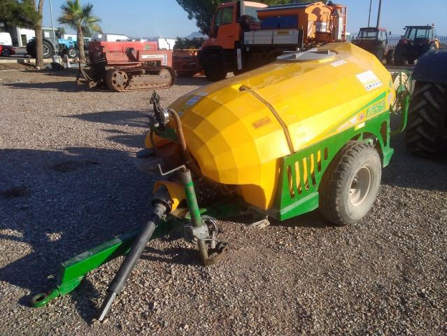 Cuba de sulfatar remolcable fitosa de 1.000 litros