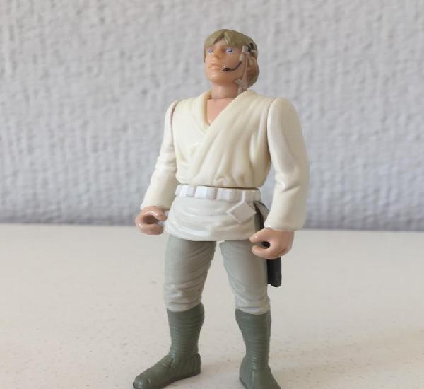 Luke skywalker from gunner station of millennium falcon -