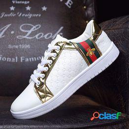 Zapatos casuales de alta calidad para hombres y mujeres zapatos planos antideslizantes resistentes al desgaste zapatos casuales de cuero bajos para parejas