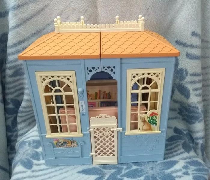 Casa mansión de muñeca barbie + una barbie.